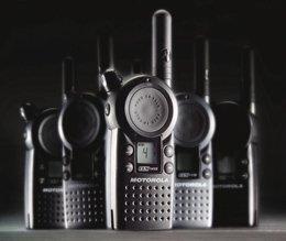 6 Pack of Motorola CLS1410 Two way Radio Walkie Talkies by Motorola