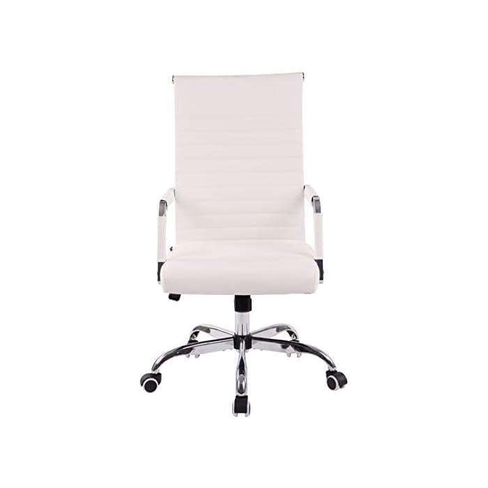 31PYEQ amqL AJUSTABLE: La silla de oficina Amadora cuenta con un mecanismo de balanceo en el respaldo que se ajusta con el adaptador de rosca ubicado debajo del asiento, allí se encuentra también la manivela que permite ajustar la altura de la silla. El asiento puede dar un giro de 360° y gracias a las ruedas de su base permite a la unidad deslizarse por diversas superficies. MATERIALES: La estructura de la silla así como la base están hechas de metal en efecto óptico cromado brillante. La silla cuenta con un tapizado en cuero sintético (100% poliuretano), dicho material es resistente y fácil de limpiar. Las ruedas de la base son de polipropileno suave, que permite rodar con facilidad. DIMENSIONES: La silla ejecutiva tiene las siguientes medidas aproximadas: Alto: 96-106 cm I Ancho: 51 cm I Profundidad: 63 cm I Altura del asiento: 43 - 51 cm I Superficie del asiento (AxP): 46 x 49 cm I Altura del respaldo: 58 cm I Altura del reposabrazos: 19 cm I Capacidad máxima de carga: 120 kg I Peso: 11 kg.