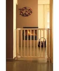 Mamas And Papas Natural Wood Safety Gate