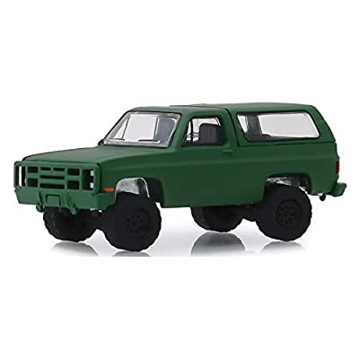 Greenlight 35140-D Blue Collar Collection Series 6-1988 Chevrolet K5 Blazer M1009 Commercial Utility Cargo Vehicle (CUCV) 1:64 Scale: Toys & Games