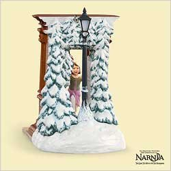 Lucy From Narnia (Hallmark Keepsake Ornament - Lucy and the Wardrobe From Disney's The Chronicles of Narnia 2006)