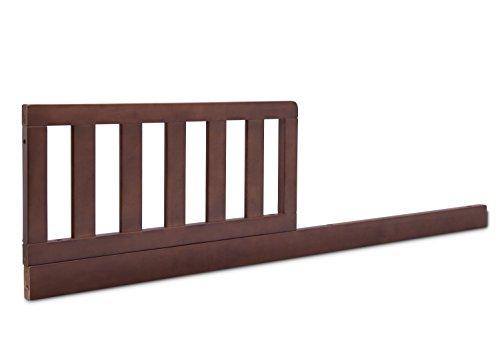 Delta Children Grayson Daybed/Toddler Guardrail - Walnut