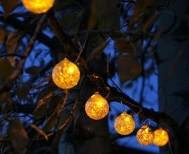 Aurora Glow Solar String Lights (Amber) by Allsop