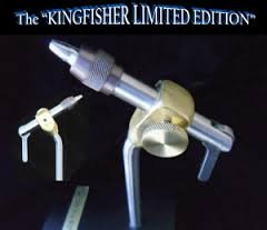 Dyna-King Kingfisher Limited Pedestal Vise - Fly Tying