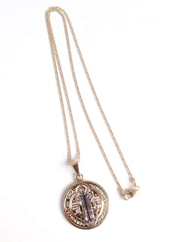 (St Benedict Medal 18k Gold Plated Chain 17 Inches 45 cm Long San Benito Necklace)