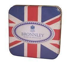 BRONNLEY SQUARE CELEBRATION TIN 1X100G PINK BOUQUET SOAP - by Bronnley