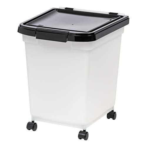 IRIS Quart Airtight Pet Food Container, Black ()