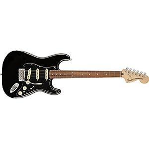 Deluxe Stratocaster Pau Ferro Fretboard Black
