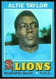 1971 Topps Football Rookie Card #62 Altie Taylor Excellent (1971 Topps Football Card)