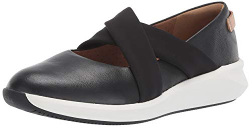 (CLARKS Women's Un Rio Cross Black Leather 6 B US)