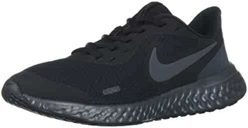 Nike Kids Revolution 5 Grade School Running Shoe
