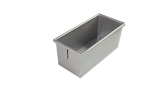 (USA Pan 1175PM Bakeware Pullman Loaf Pan, Small)