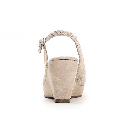 Camoscio Beige Forature Zeppe Con In Scarpe Micro Alesya amp;scarpe wqH0HU