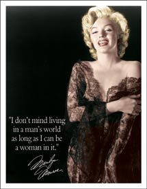 Poster Discount Tin Sign Marilyn Monroe - Man's World, 12x16 -