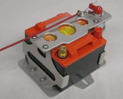 Lightweight Battery Mount Kit - PC925 - Switch Mount by Rennline