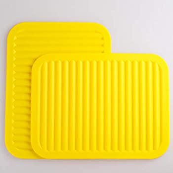Lucky Plus Silicone Trivet Mat for Hot Pans and PotsS Hot Pads Counter Mat Heat Resistant Table Dish Drying Mat or Placemats 2 Pack,Size:9x12 Inch, Color: Yellow,Shape:Rectangular