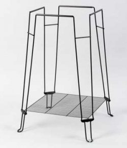 Prevue Pet Products BPV871 Clean Life Metal/Plastic Bird Cage Stand, 28-Inch, Black