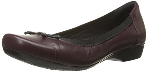 Clarks Women's Blanche Nora Ballet Flat, Burgundy Leather, 9