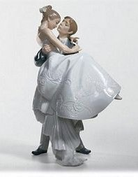 Lladro The Happiest Day - 6