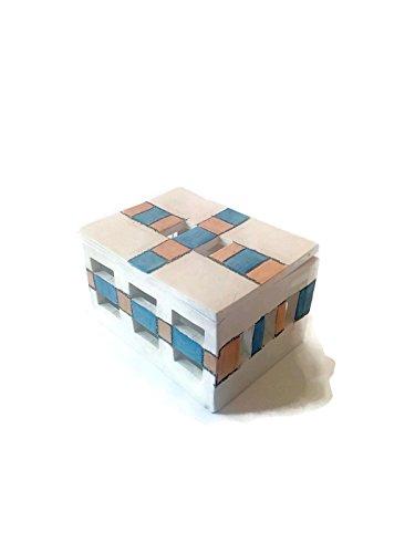 Geometric jewelry box, ceramic box of treasures by Ceramica Ana Rafael