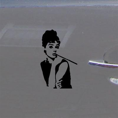 ART AUDREY HEPBURN AUTO WALL DECOR WINDOW BLACK VINYL HOME DECOR BREAKFAST AT TIFFANYS CAR WALL ART MACBOOK STICKER DECAL NOTEBOOK LAPTOP BIKE DIE CUT