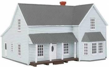 Farm House Ho Scale Imex