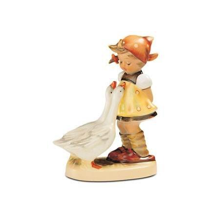 - M.I. Hummel Figurines Goose Girl, HUM 47/0, Arthur Moeller, 12 cm / 4.75 Inch, 1047018