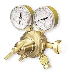 Regulator, Cylinder, Inert Gas, CGA-580 by Victor