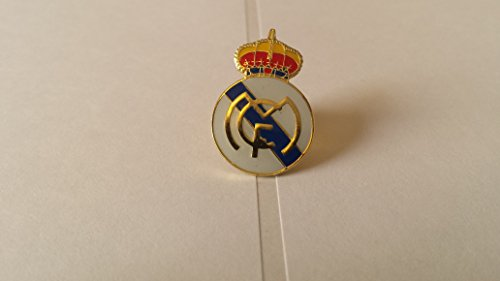 - Real Madrid Soccer Football Badge / Emblem / Logo PIN Button