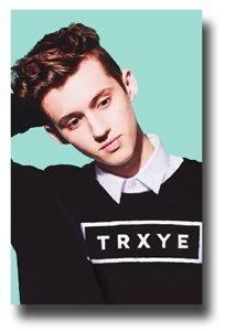 Troye Sivan Poster - Trxye Promo Blue Neighbourhood - Sweater