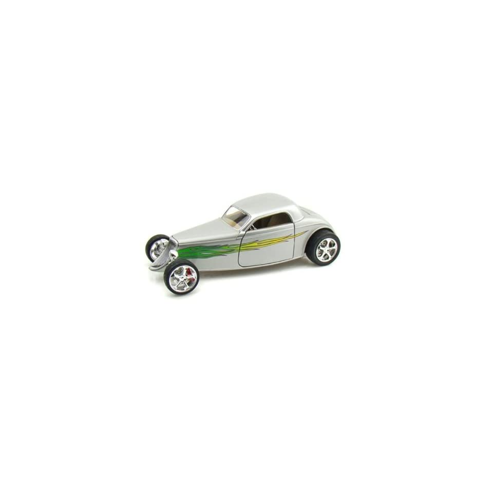 Yatming   Ford Coupe Hard Top (1933, 118, Silver with Flames) diecast car model