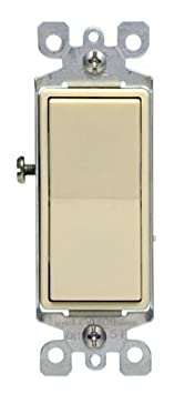 White Leviton 5611-2WS 15A Decora Single Pole Illuminated Switch with Ground 5-Pack