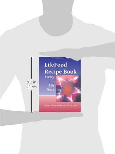 Lifefood recipe book living on life force annie padden jubb david lifefood recipe book living on life force annie padden jubb david jubb 9781556434594 amazon books forumfinder