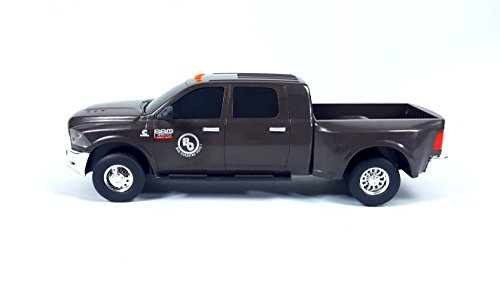Big Country Toys Ram 3500 Mega Cab Dually (Big Toys)