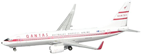 gemini-jets-qantas-b737-800w-retro-roo-ii-airplane-model-1400-scale