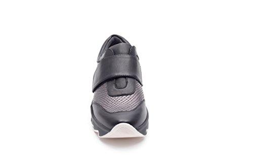 Sneaker In Strappo Pretty Nana Rumiko nero Pelle Donna Con 87071 Carbone AqqEYg