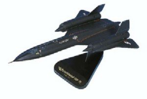 Daron Worldwide Trading B3572 SR-71 Blackbird 1/72 AIRCRAFT