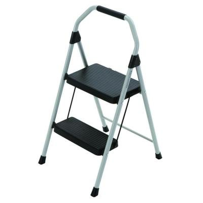 GORILLA LADDERS 225 LB CAPACITY 8' REACH HOUSEHOLD LADDER