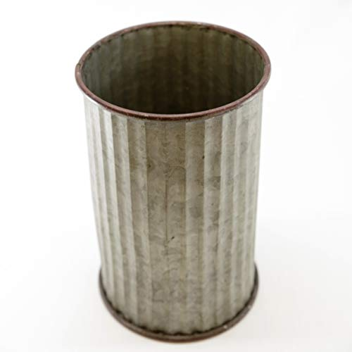 - Silvercloud Trading Co. Large Corrugated Galvanized Tin Can for Outdoor or Indoor - 9.75
