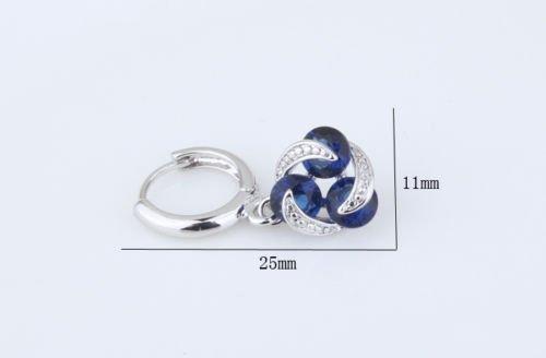 Boucles doreilles 18 carats plaqu/é or blanc avec cristaux autrichiens bleu imitation saphir en zircone