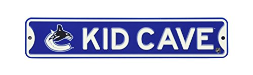NHL Hockey Officially Licensed STEEL Kid Cave Sign-Decor for sports fan bed room! (Vancouver Canucks) ()