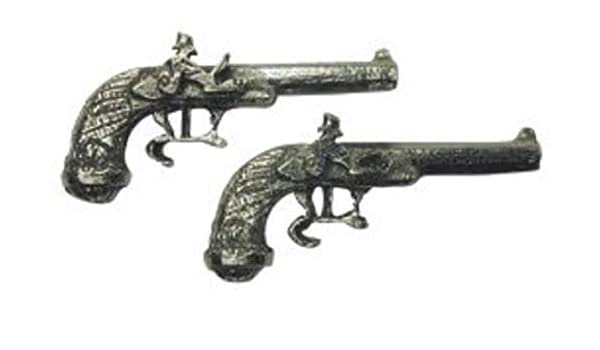 Dolls House 1:12 Scale Pair of Duelling Pistols Wartime Ornamental Accessory