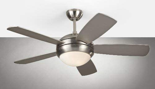 Monte Carlo 5DI44BSD Discus II 44 Ceiling Fan with Light and Pull Chain, 5 Blades, Brushed Steel