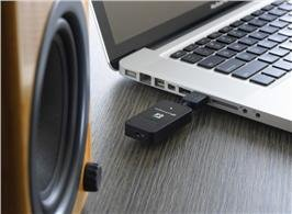 Audioengine AW3 Wirelessly play music from your audio device to powered speakers