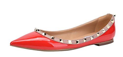 CAMSSOO Damen Klassische Nieten Spitzen Zehen Slip On Comfort Wohnungen Kleid Pumps Schuhe Roter Patant Pu