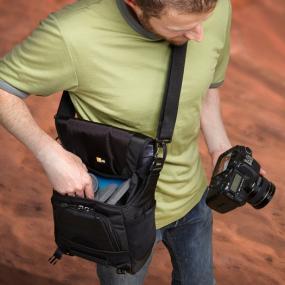 Case Logic DSM-101 Luminosity Small DSLR Messenger Bag in use
