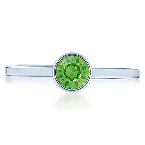 (Ed Heart Adjustable Ring with Green Peridot Round Crystals from Swarovski Silver Toned Rhodium Plated)