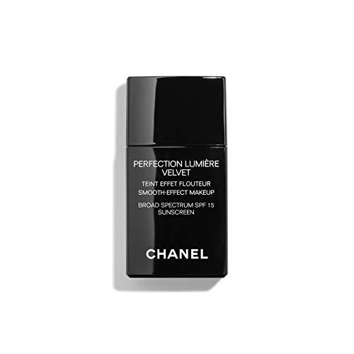 Perfection Lumiere Velvet Smooth-Effect Makeup Broad Spectrum SPF 15 Sunscreen - 20 Beige