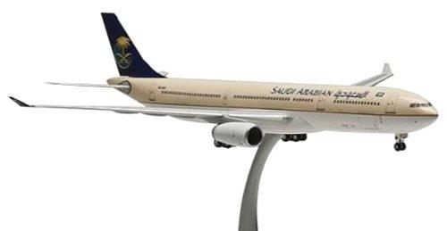 Hogan Hogan Hogan Wings 1/200 A330-300 Saudi Arabia Airlines (japan import) 2d4015