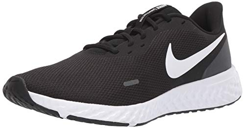 Nike Men's Revolution 5 Wide Running Shoe